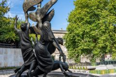 Children-of-Lir-Staue-at-Parnell-Rear-scaled