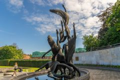 Children-of-Lir-Staue-at-Parnell-Side-scaled